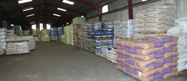 Henry Cole & Co | Animal Feeds Wholesale Supplier